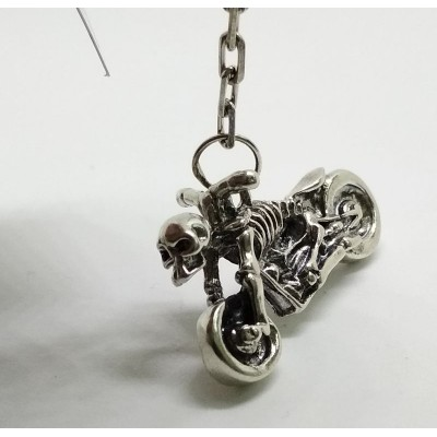 Брелок мотоцикл скелет