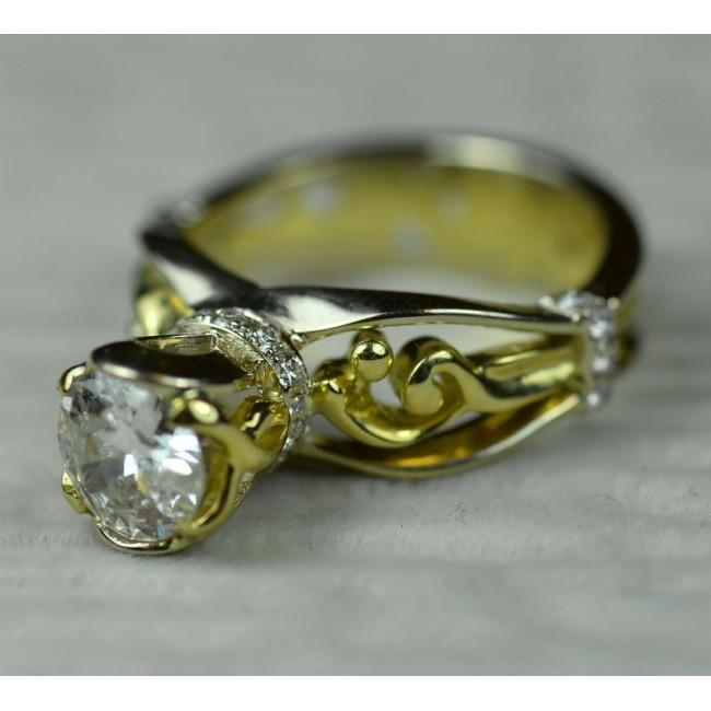 Кольцо золотое с бриллианом 1.27 карат