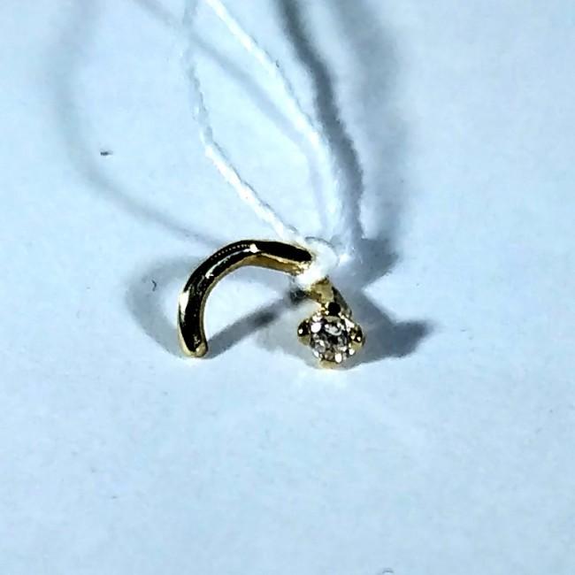 Пирсинг с бриллиантом