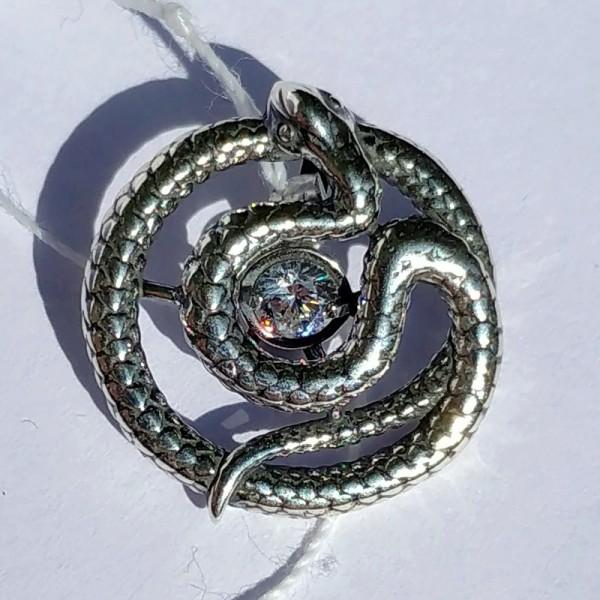 Змея с танцующим фианитом