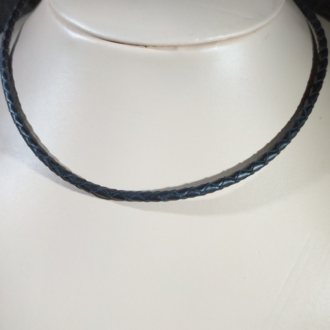 Кожаный плетеный шнурок