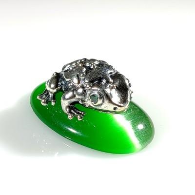 Статуэтка лягушка